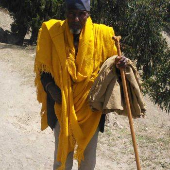 דמויות-האיש-בצהוב