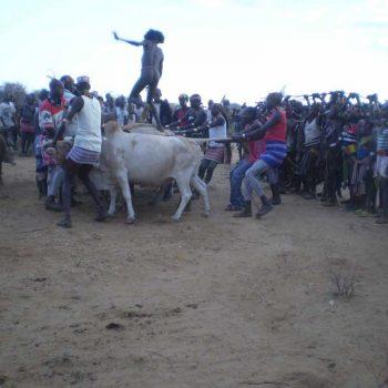 אתיופיה, עמק האומו, טקס ההתבגרות